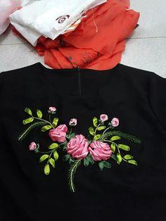 Ribbon Art, Silk Ribbon Embroidery, Stitch, Shirt, Handmade, Dress, Inspiration, Satin, Embroidered Dresses