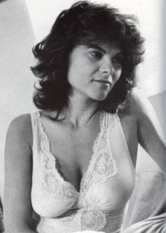 Explore the best Adrienne Barbeau quotes here at OpenQuotes. Quotations, aphorisms and citations by Adrienne Barbeau Adrienne Barbeau, Timeless Beauty, Classic Beauty, Beautiful Celebrities, Beautiful Actresses, Cinema Tv, Most Beautiful, Beautiful Women, Amazing Women