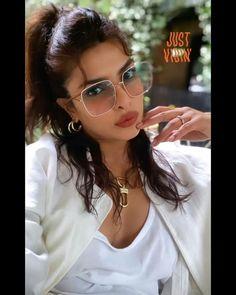 Cat Eye Sunglasses, Mirrored Sunglasses, Bollywood Stars, Priyanka Chopra, Actresses, Beautiful, Heart, Instagram, Fashion