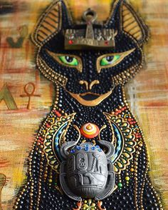 I have replaced the #ankhpainting and #scarabeus with little memories I've brought with me from Egypt... #catgoddess #bastet #bastcat #scarabsymbol #ankhlife #keyoflife #dotpainting
