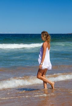 Playing in the Waves | White Summer Dress | Carefree | Wanderlust | Australia | Tanned Skin