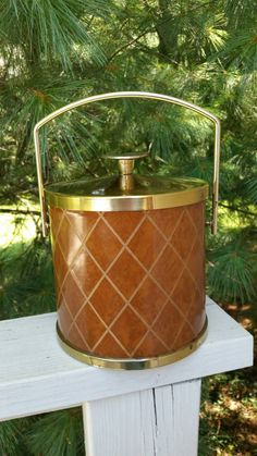 Check out this item in my Etsy shop https://www.etsy.com/listing/242622501/serv-master-vintage-ice-bucket-brown