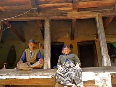 Meet Ganga Singh and his wife, an 80+ year old couple from a tiny village in the Garhwal Himalayas of Uttarakhand. She was 11 and he 17 when they got married. They witnessed the grounds shake and the waters rise when the floods hit, and took it in their stride. They choose to live without electricity (with only a solar lamp), away from their kids, and have much laughter in their lives. Makes you realize how little you need to be happy.  #travel #india #himalayas #uttarakhand