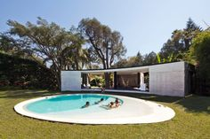 Featured, Excellent Garden Tepoztian Lounge Design By Cadaval & Sola Morales In Mexican Featuring Exterior With White Wall Facade, Grass And Round Pool: Fantastic Garden Lounge Design in the Middle of Mexican Landscape