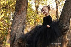 Halloween Photo Session - Daiana Mini Photo, Halloween Photos, Beauty Portrait, Photo Sessions, Tulle, Photography, Dresses, Fashion, Vestidos