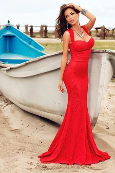 Atmosphere Fashion Dress Outfits, Cool Outfits, Amazing Outfits, Atmosphere Fashion, Elegant Dresses, Formal Dresses, Fashion Face, Women's Fashion, Lady In Red
