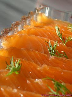 Rosa's Yummy Yums: GRAVLAX - SALT CURED SALMON