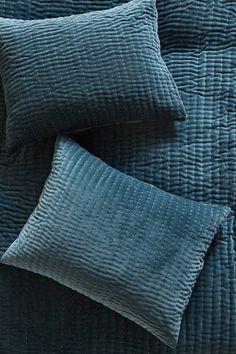 Set of 2 Kantha-Stitched Velvet Pillowcases | Anthropologie UK