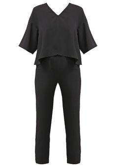 Reiss BONNIE Jumpsuit black Meer info via http://kledingwinkel.nl/product/reiss-bonnie-jumpsuit-black/