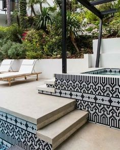 Black and white mosaic design pool tiles by Kismet Tile. Swimming Pool Tiles, Swimming Pools Backyard, Swimming Pool Designs, Pool Landscaping, Swiming Pool, Outdoor Tiles, Outdoor Pool, Waterline Pool Tile, Exterior Tiles