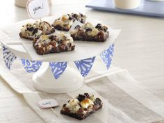 Recipes - Desserts - Double-Chocolate Rocky Road Bars - Kraft First Taste Canada