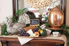 Set a Thanksgiving Tablescape that Hails the Harvest