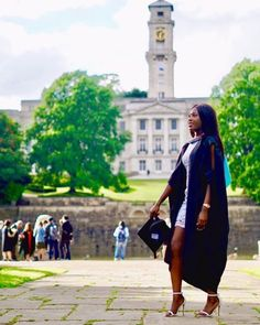 Pictures of Amazing Black Women Graduating. Add Your Own Graduation Picture! Graduating, Wearing Graduation Stoles, Kente Stoles etc. Girl Graduation Pictures, College Graduation Photos, Graduation Photoshoot, Grad Pics, Senior Pictures, Graduation Stole, Graduation Day, Hampton University, Graduation Photography