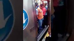 Jovem com ereção fica com pênis preso no metrô - Amorim Sangue Novo