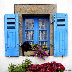 Fenêtre Bretonne   Flickr - Photo Sharing!