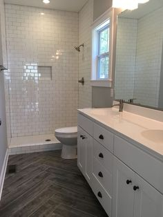 Amazing Shower Tile Ideas and Designs for 2018 shower tile ideas walk in, bathtub, small, grey, walk Upstairs Bathrooms, Master Bathroom, Boho Bathroom, Bathroom Wall, Modern Bathroom, Basement Bathroom, White Subway Tile Bathroom, Shower Bathroom, Subway Tile In Shower