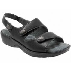 Wear our Softwalk Bolivia women's sandals to provide cushion and support. These high quality women's adjustable sandals accommodate a variety of foot widths. Supportive Sandals, Orthopedic Shoes, Size 12 Women, Luxury Shoes, Shoe Sale, Strap Sandals, Skechers, Amazing Women, Footwear