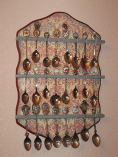 Blessings from Cindy: Spoon Rack Redo with Tutorial, plus more neat ideas!--Lots of examples of how to decorate /repurpose spoon racks!!