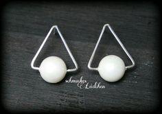 Geometrische Triangle Ohrringe 925er Silber von byschmuckesLaedchen