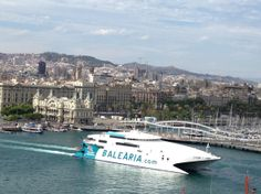 Barcelona Boat, overlooking the city @TasteLiveGo
