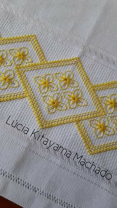 Mirella Caceres's media content and analytics Tambour Embroidery, Hardanger Embroidery, Cross Stitch Embroidery, Blackwork Patterns, Embroidery Patterns, Cross Stitch Designs, Cross Stitch Patterns, Crochet Bedspread, Swedish Weaving
