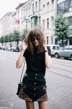 POLIENNE | wearing a RIVER ISLAND skirt, H&M tee, COACH bag, KOMONO sunglasses & CONVERSE sneakers http://sodafirm.com/u01g