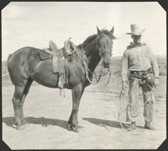 interesting to see how much horse tack has changed over the years Cowboy Horse, Cowboy Art, Cowboy And Cowgirl, Horse Tack, Cowboy Images, Cowboy Pictures, Old Pictures, Real Cowboys, Cowboys And Indians