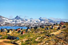 www.delunademiel.es Nos vamos muy al norte, al frio de Groenlandia y un pueblo que parece una maqueta de cuento.