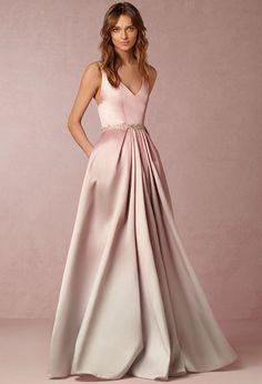 Confira nossa seleção de vestidos para mães e madrinhas inspirados nos tons Rose Quartz e Peach, da nova cartela Pantone Spring 2016: