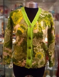 Vintage 1960s Omega Green Lambswool Floral Pattern Cardigan UK S