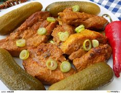 Pork Belly, Bucky, Pork Recipes, Chicken Wings, Sausage, French Toast, Meat, Cooking, Breakfast