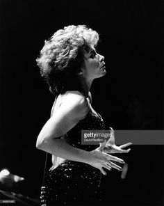 Photo of Shirley BASSEY; David Redfern Premium Collection