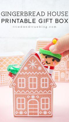 Christmas Fonts, Christmas Sewing, Christmas Printables, All Things Christmas, Christmas Craft Projects, Christmas Crafts For Gifts, Christmas Decorations, Christmas Displays, Diy Gift Box