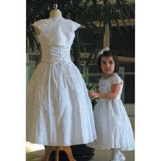 ff9af76fc85 Angels Garment has designed this amazingly beautiful white baptismal taffeta  dress just for your little girl and her special occasion.