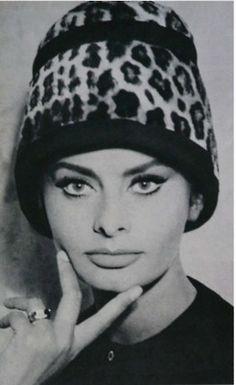 ♥•✿•♥•✿ڿڰۣ•♥•✿•♥ღڿڰۣ✿•♥•✿♥ღڿڰۣ✿•♥✿♥ღڿڰۣ✿•♥ vintage beauty in a leopard hat ♥•✿•♥•✿ڿڰۣ•♥•✿•♥ღڿڰۣ✿•♥•✿♥ღڿڰۣ✿•♥✿♥ღڿڰۣ✿•♥