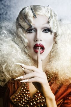 New York's Drag Queen Shows for over 20 YEARS! Dinner, Drinks & Drag Show nightly. Drag Queen Makeup, Drag Makeup, Drag Queens, Sharon Needles, Rupaul Drag, After Life, Makeup Inspiration, Portrait Inspiration, Amazing Women