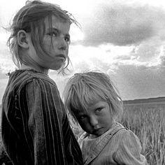 Childs From Urfa, Turkey, photography by Isa özdemir