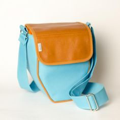 TRB15: Handcrafted photo bag for photography enthusiasts and design lovers by PSTRK