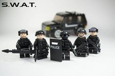 LEGO SWAT Team by Bryant., via Flickr