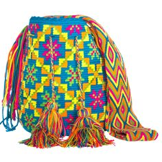 View album on Yandex. Tapestry Bag, Tapestry Crochet, My Bags, Purses And Bags, Mochila Crochet, Fillet Crochet, Crochet Fashion, Color Combinations, Drawstring Backpack