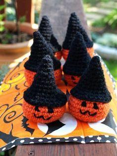 2015 Halloween crochet for home decorating.Crochet Pumpkin Decorations - LoveItSoMuch.com