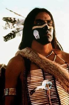 Rodney A Grant -Dances With Wolves. One of my favorite American Native Actors Native American Actors, Native American Beauty, Native American Photos, Native American History, American Indians, American War, Rodney King, Dances With Wolves, Movie Makeup