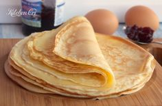 Crepes salate o dolci, ricetta base Crespelle Recipe, Sweet Crepes Recipe, Crepe Suzette, Healthy Cooking, Cooking Recipes, Crepe Recipes, Big Meals, Nutella Cookies, Recipe Today