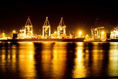Nachts im Hamburger Hafen