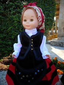 Baby Car Seats, Harajuku, Diy And Crafts, Fashion, Outfits, World, Doll Dresses, Crochet Dresses, Suits