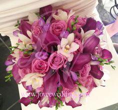 #Bridal #bouquet: #purple hues