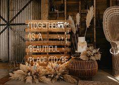 Elegant Wedding, Boho Wedding, Light Up Letters, Beautiful Places, Wedding Inspiration, Wedding, Illuminated Letters, Bohemian Weddings