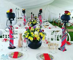 Love this deco, the centre piece. omg - Love this deco, the centre piece… omg - African Party Theme, African Wedding Theme, African Wedding Attire, Wedding Themes, Wedding Colors, Wedding Ideas, Wedding Stuff, Zulu Traditional Wedding, Traditional Decor