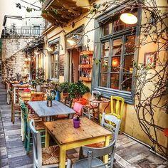 Cafe Patio Design Restaurant 22 New Ideas Bar Deco, Deco Cafe, Outdoor Patio Bar, Outdoor Cafe, Deco Restaurant, Restaurant Design, Vintage Restaurant, Outdoor Restaurant, Café Exterior