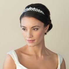 CZ & Solitaire stone traditional wedding headband for the bride planning a vintage themed wedding day & looking for a delicate romantic hair accessory for under £140